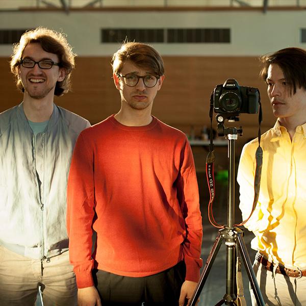 07-contrast-trio